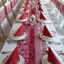 Esküvői asztal terítés az Aranyhordóban