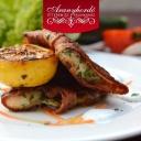 Petrezselymmel sült harcsa bacon köntösben, wok zöldségekkel - Aranyhordó Étterem és Pálinkaház
